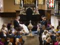 Brudeparret ved alteret
