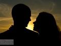 Silhuetter i solnedgangen