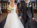 Det flotte brudepar ved udgangen